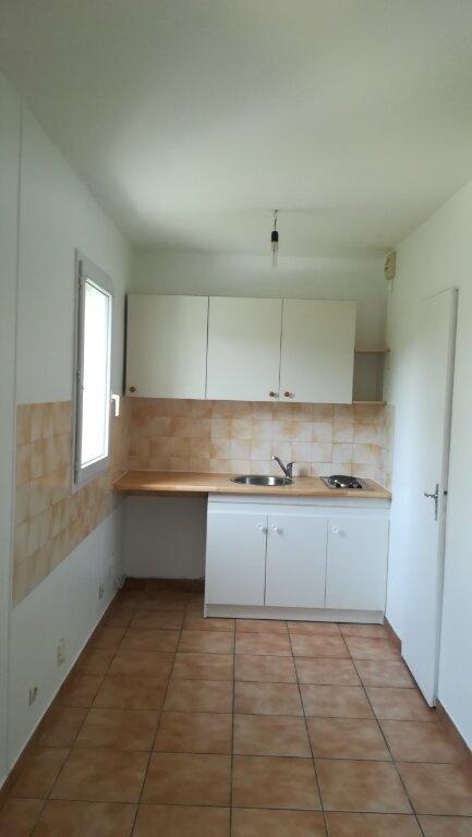Appartement à louer 3 50m2 à Saâcy-sur-Marne vignette-2
