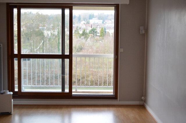Appartement à louer 3 74.61m2 à La Ferté-sous-Jouarre vignette-2