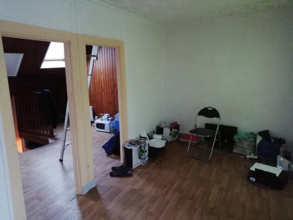 Appartement à louer 2 26.7m2 à La Ferté-sous-Jouarre vignette-3