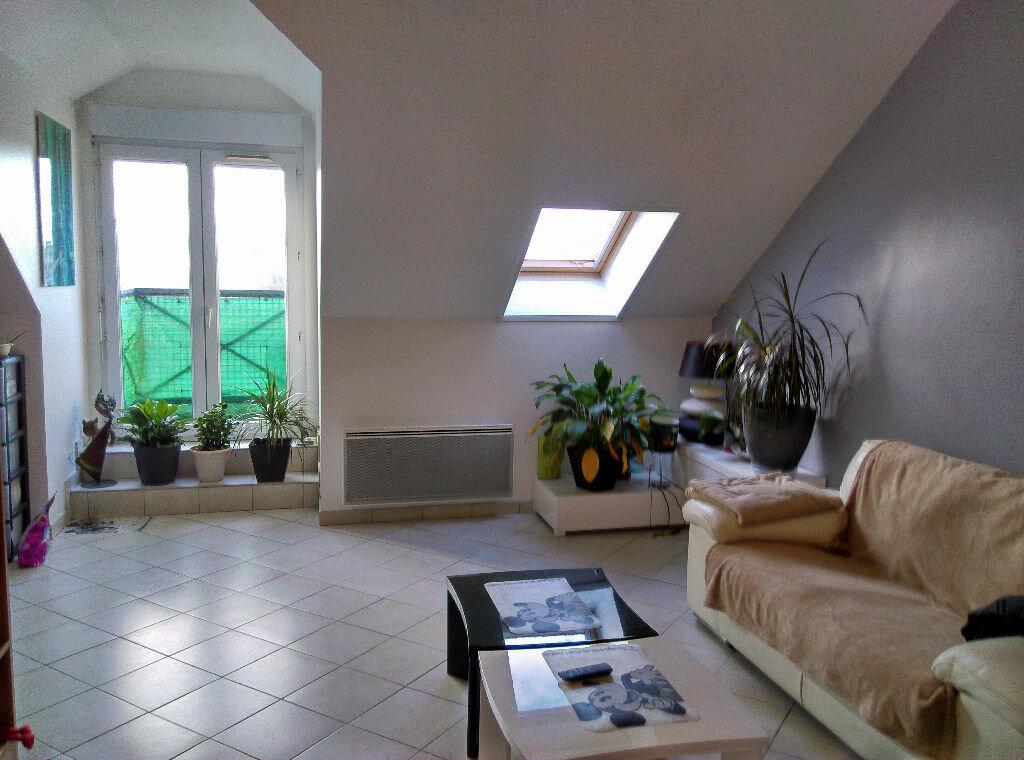 Appartement à louer 3 69.45m2 à La Ferté-sous-Jouarre vignette-1