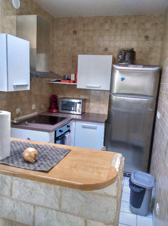 Appartement à louer 3 69.45m2 à La Ferté-sous-Jouarre vignette-6