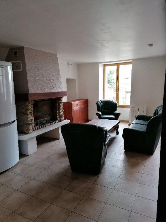 Maison à louer 3 91m2 à Saint-Cyr-sur-Morin vignette-3