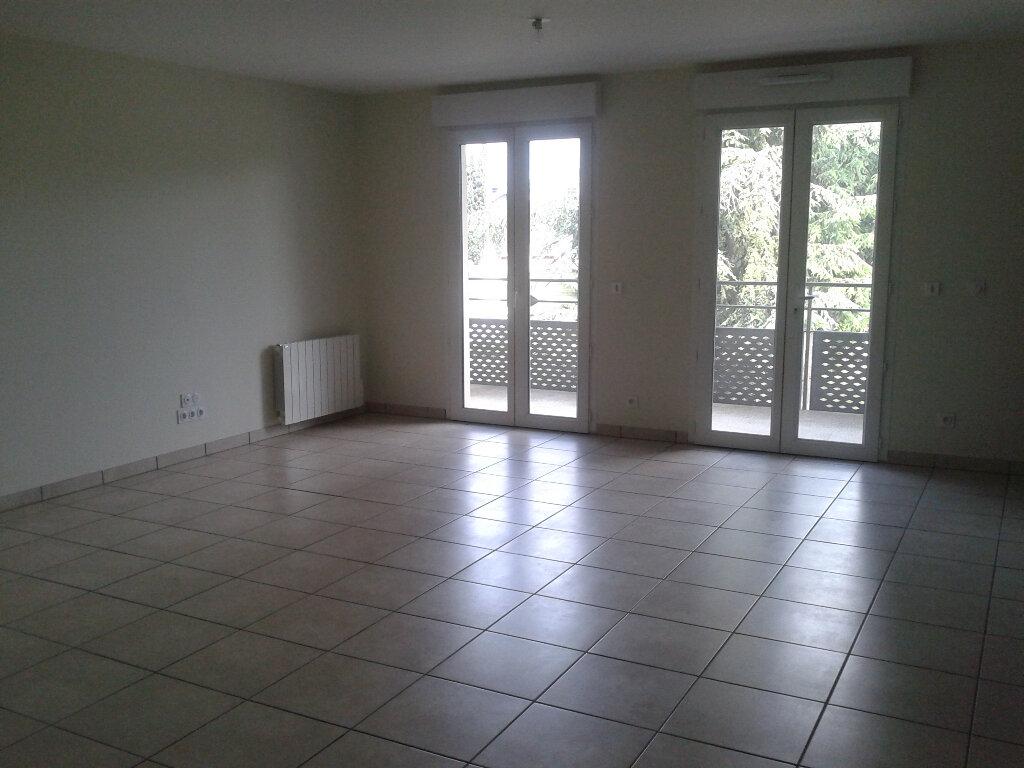 Appartement à louer 4 87m2 à La Ferté-sous-Jouarre vignette-3