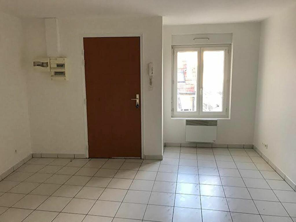 Appartement à louer 2 33m2 à La Ferté-sous-Jouarre vignette-2