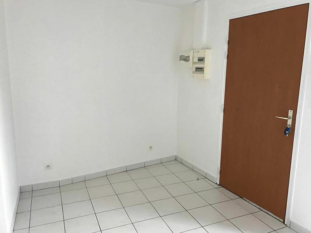 Appartement à louer 2 33m2 à La Ferté-sous-Jouarre vignette-3