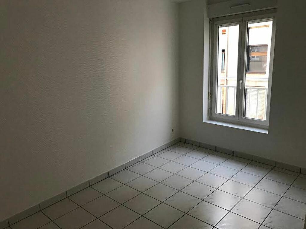 Appartement à louer 2 33m2 à La Ferté-sous-Jouarre vignette-5