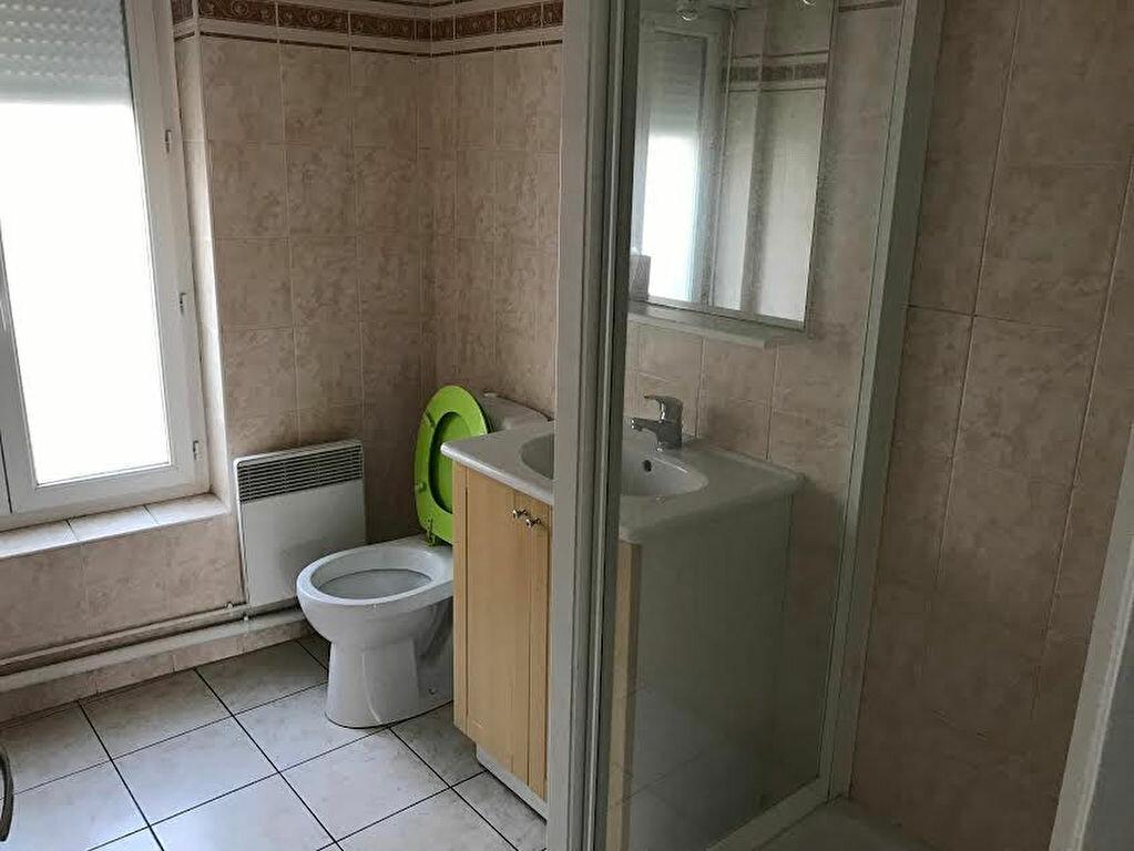 Appartement à louer 2 33m2 à La Ferté-sous-Jouarre vignette-6