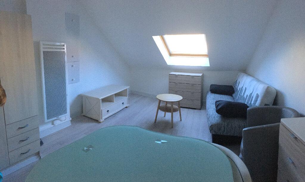 Appartement à louer 1 17.17m2 à La Ferté-sous-Jouarre vignette-2