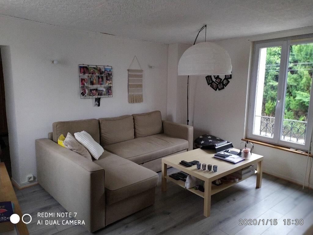 Appartement à louer 4 55.71m2 à Saâcy-sur-Marne vignette-1