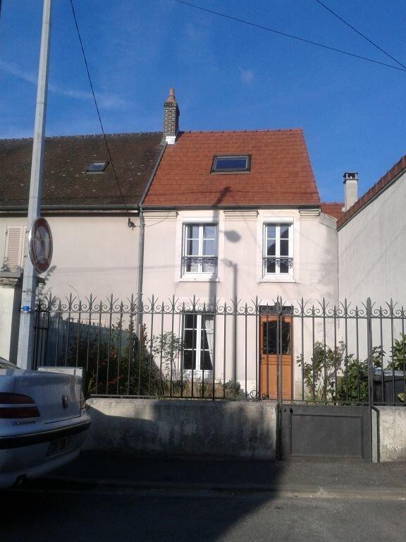Maison à louer 4 83.23m2 à Saâcy-sur-Marne vignette-2