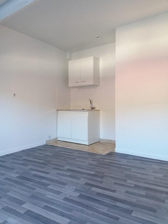 Appartement à louer 2 30.94m2 à Jouarre vignette-1