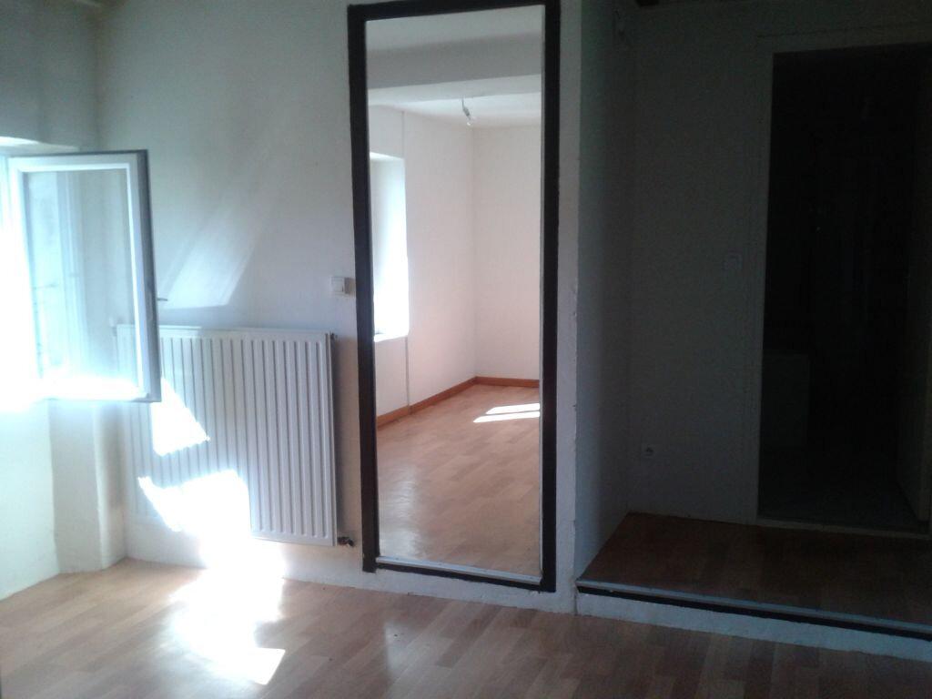 Maison à louer 5 105.28m2 à Sainte-Aulde vignette-7