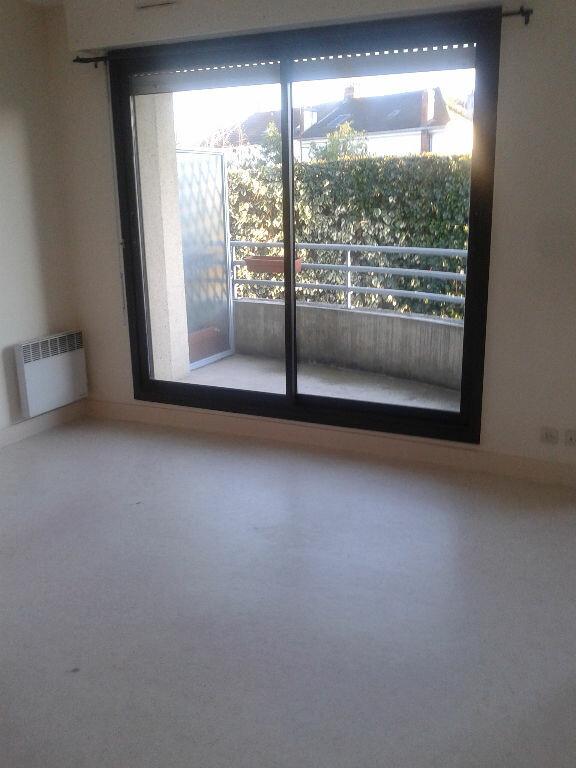 Appartement à louer 2 35.78m2 à La Ferté-sous-Jouarre vignette-3