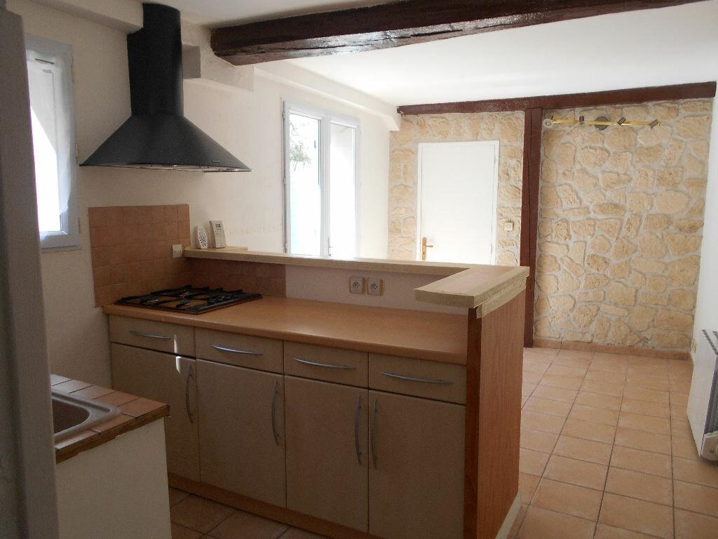 Appartement à louer 2 32.74m2 à La Ferté-sous-Jouarre vignette-1