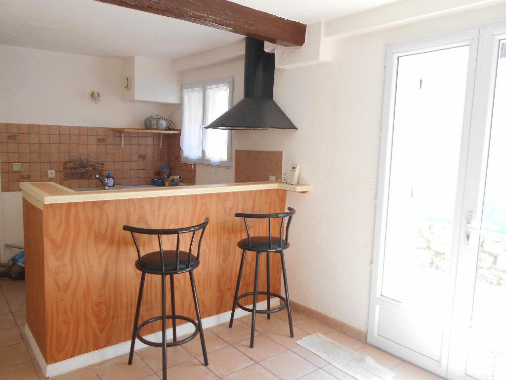Appartement à louer 2 32.74m2 à La Ferté-sous-Jouarre vignette-2