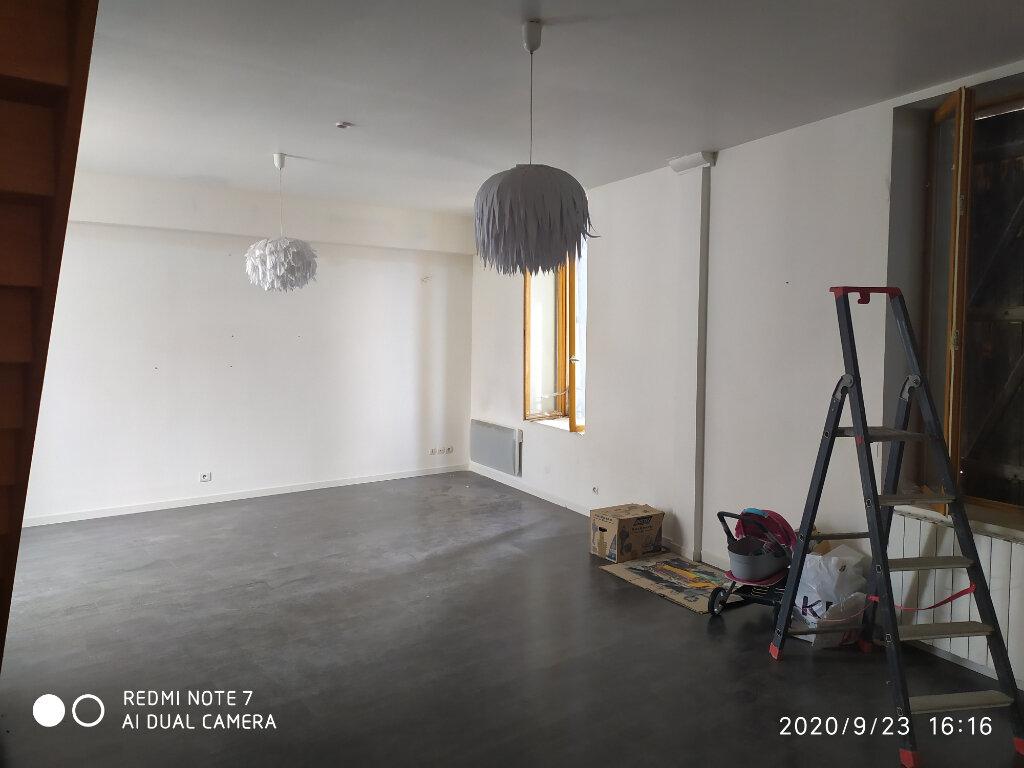Appartement à louer 4 80m2 à Crouttes-sur-Marne vignette-1