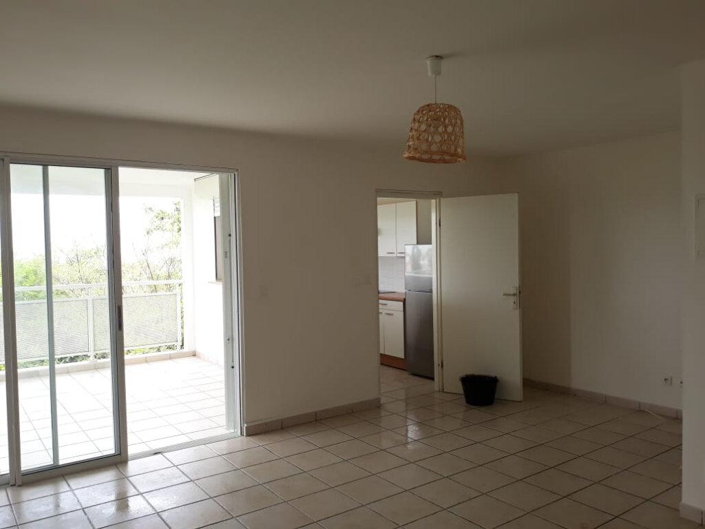 Appartement à louer 3 77.91m2 à Sainte-Luce vignette-2