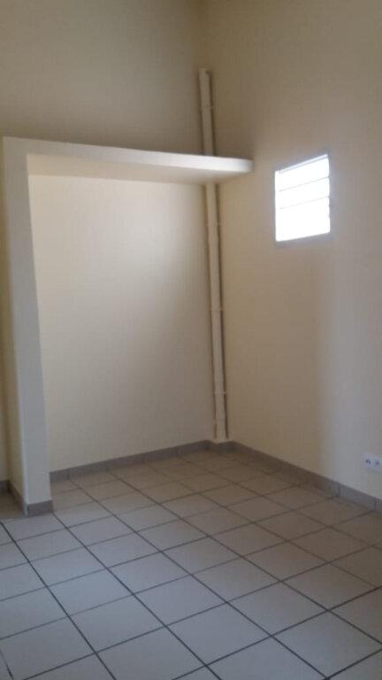 Appartement à louer 3 80m2 à Le François vignette-5