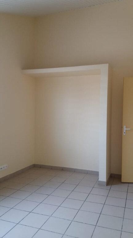 Appartement à louer 3 80m2 à Le François vignette-7