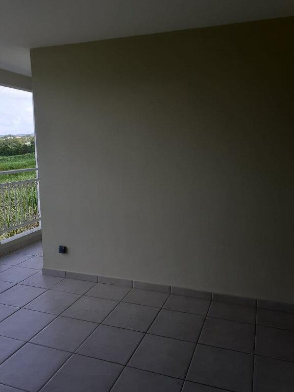 Appartement à louer 3 59.56m2 à Le Lamentin vignette-5