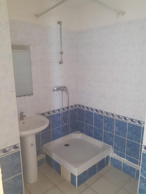 Appartement à louer 2 37.85m2 à Fort-de-France vignette-1