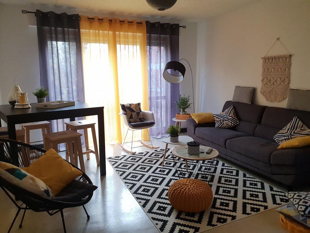 Appartement à vendre 3 66.89m2 à Saint-André-les-Vergers vignette-1