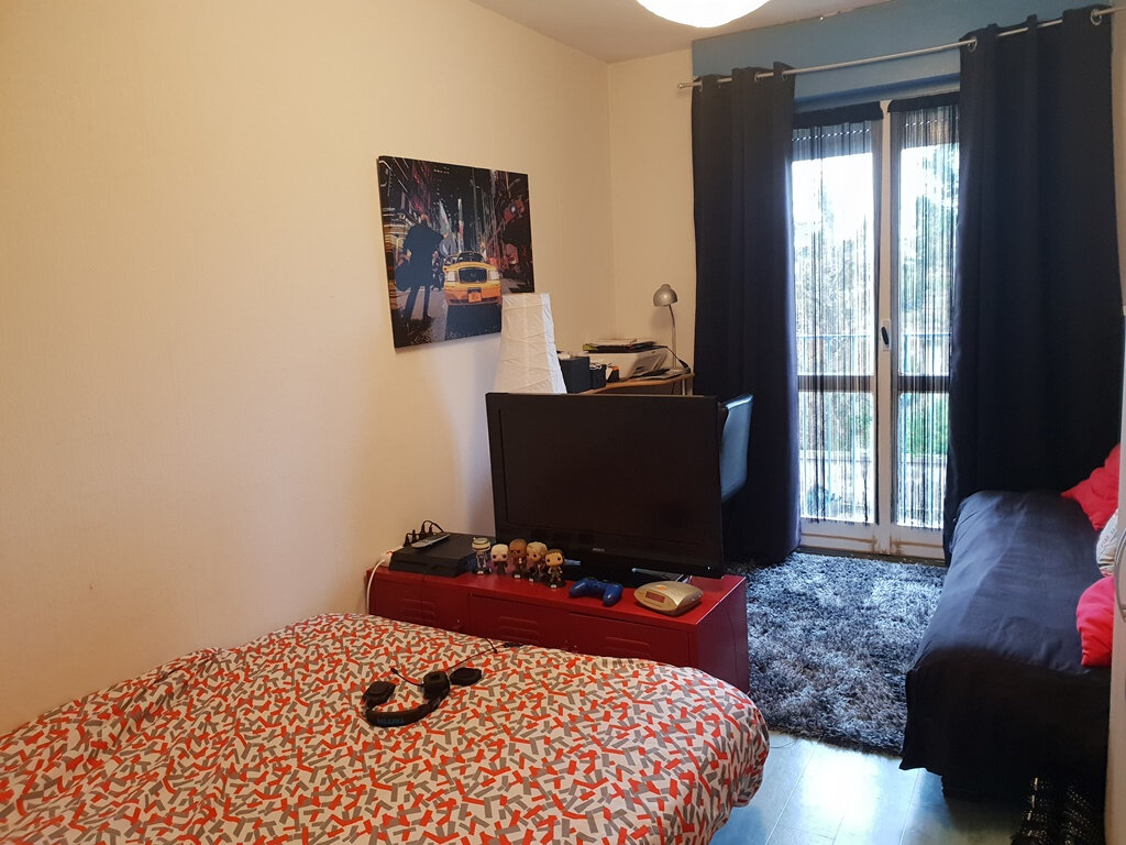 Appartement à vendre 3 66.89m2 à Saint-André-les-Vergers vignette-5
