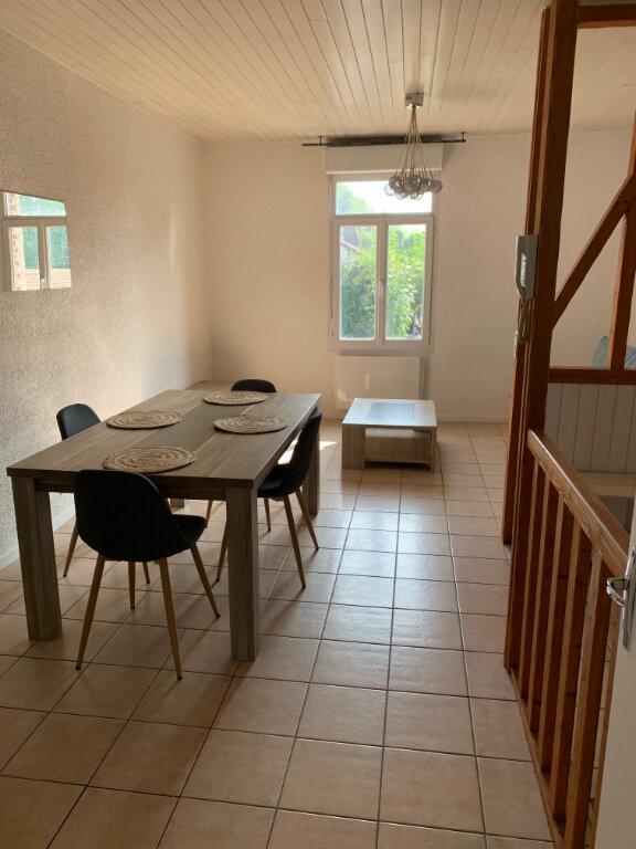 Appartement à louer 2 55.5m2 à Amiens vignette-1