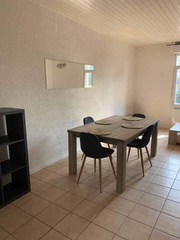 Appartement à louer 2 55.5m2 à Amiens vignette-2