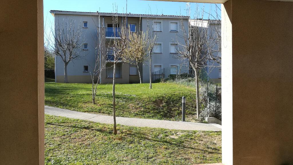 Appartement à louer 3 56.25m2 à Carcassonne vignette-6