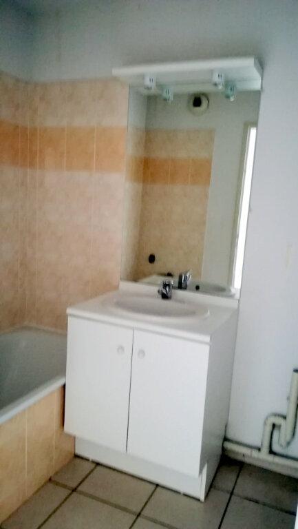 Appartement à louer 3 56.25m2 à Carcassonne vignette-9