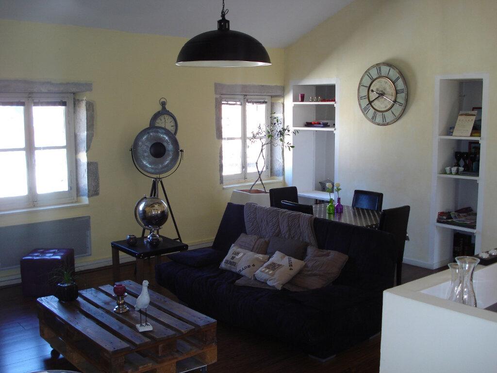 Appartement à louer 3 88m2 à Carcassonne vignette-2