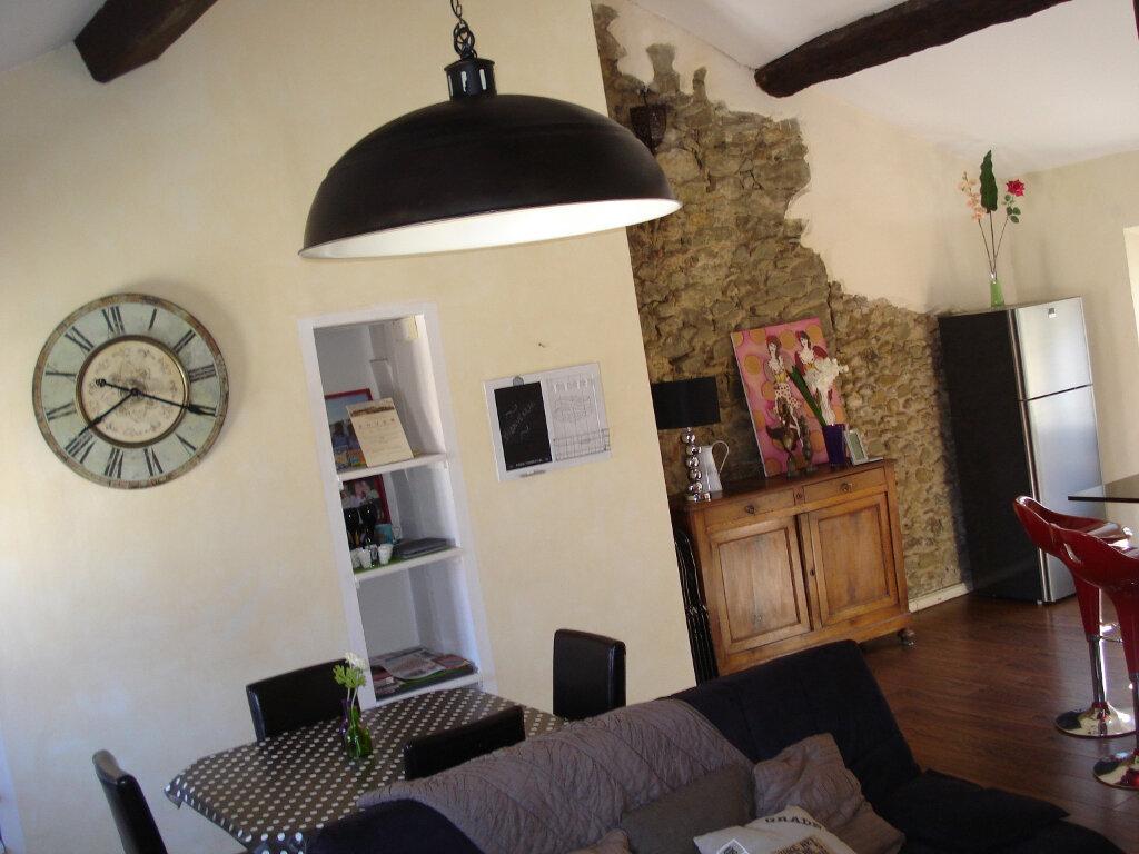 Appartement à louer 3 88m2 à Carcassonne vignette-3