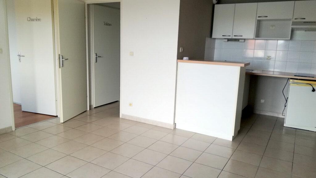 Appartement à louer 2 40m2 à Carcassonne vignette-1