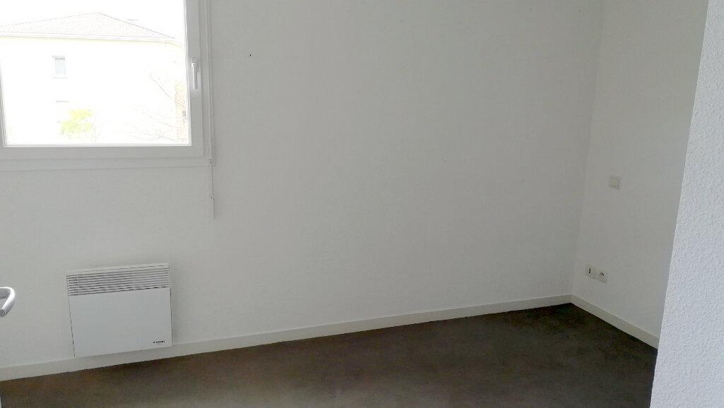 Appartement à louer 2 38.5m2 à Carcassonne vignette-7
