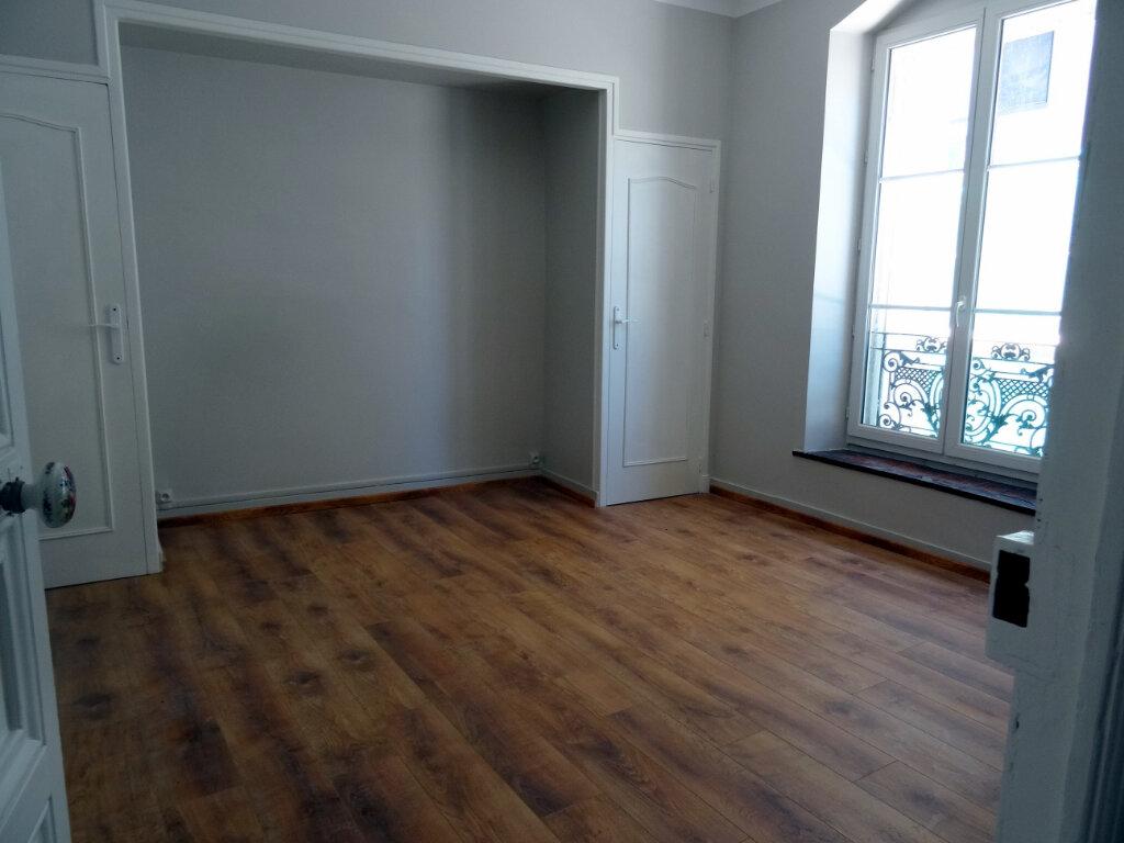 Maison à louer 4 135.3m2 à Carcassonne vignette-5