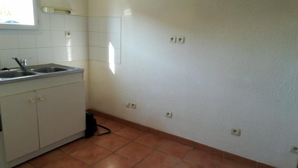 Maison à louer 3 66.4m2 à Carcassonne vignette-4