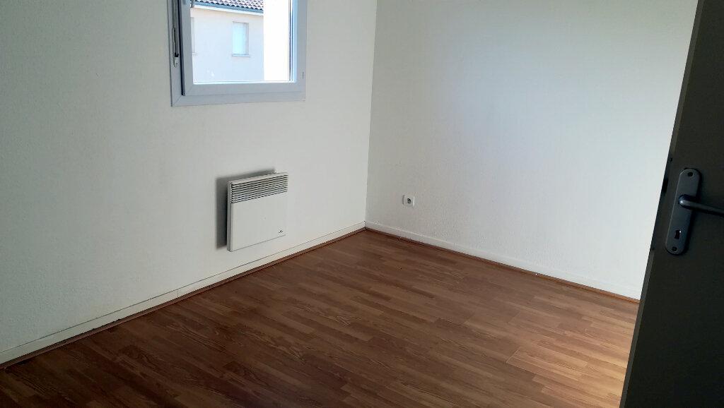 Maison à louer 3 66.4m2 à Carcassonne vignette-5