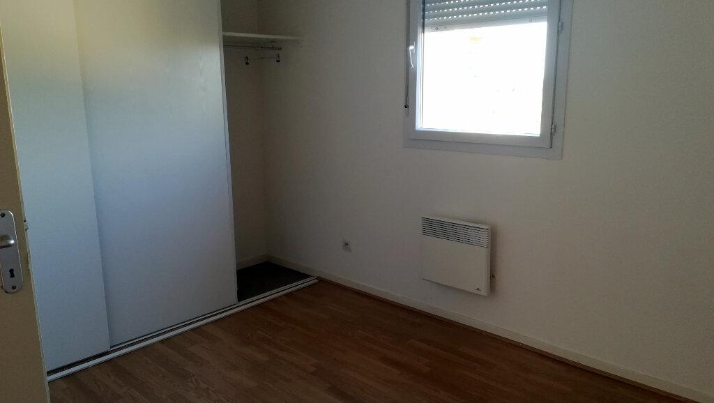 Maison à louer 3 66.4m2 à Carcassonne vignette-6