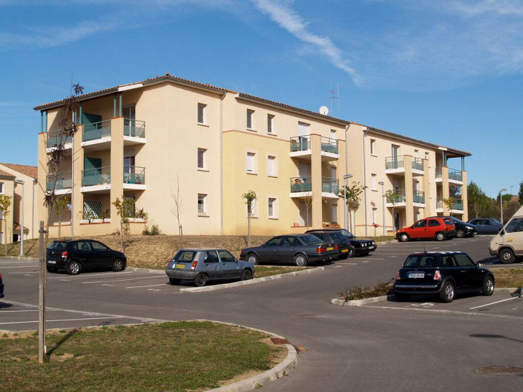 Appartement à louer 3 57.15m2 à Carcassonne vignette-3