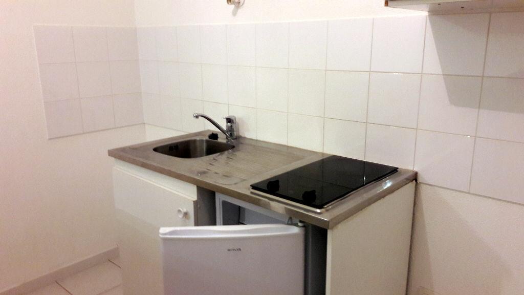 Appartement à louer 2 44.45m2 à Carcassonne vignette-7
