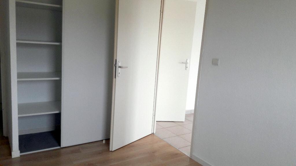 Appartement à louer 2 39.4m2 à Carcassonne vignette-7