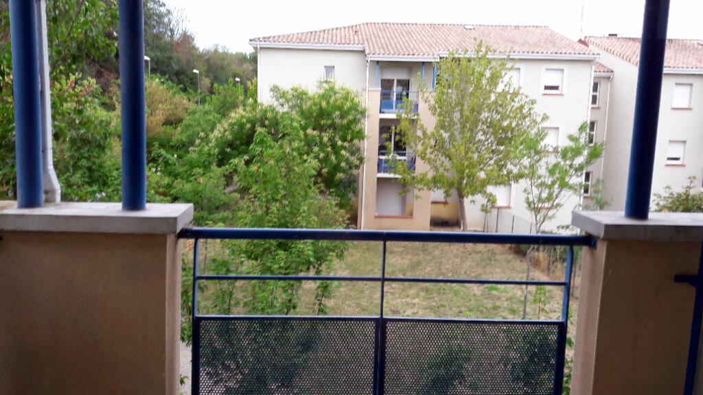 Appartement à louer 3 56.7m2 à Carcassonne vignette-7