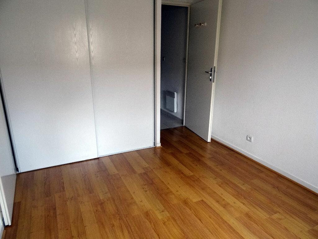 Appartement à louer 2 39.4m2 à Carcassonne vignette-8