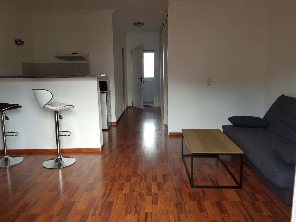 Appartement à louer 1 34.05m2 à Bastia vignette-1