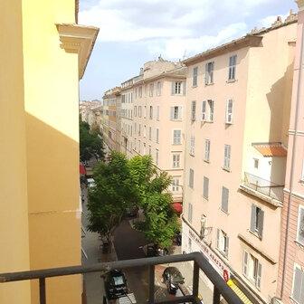 Appartement à louer 4 72m2 à Bastia vignette-1