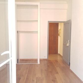 Appartement à louer 4 72m2 à Bastia vignette-9