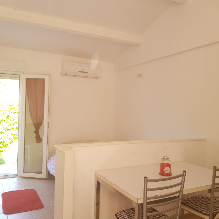 Maison à louer 1 21.5m2 à Borgo vignette-2