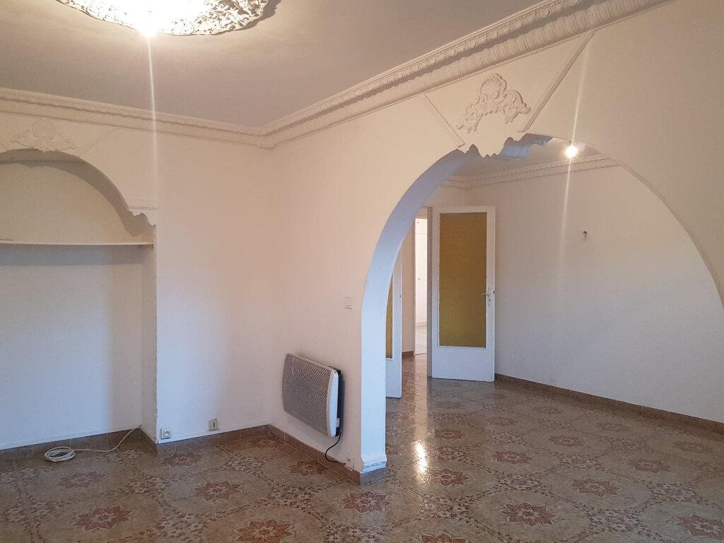 Appartement à louer 4 72m2 à Bastia vignette-3