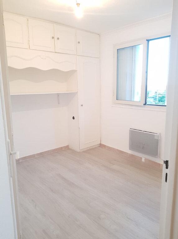 Appartement à louer 4 72m2 à Bastia vignette-5